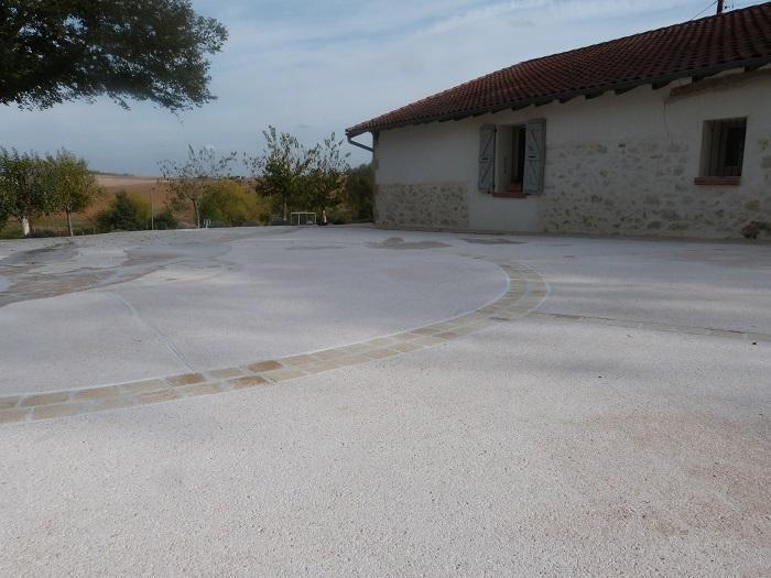 maconnerie-beton-maison-toulouse-amenagement-exterieur